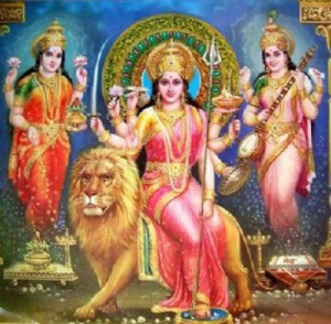pbabi009_goddess_laxmi_gandesh_and_saraswati